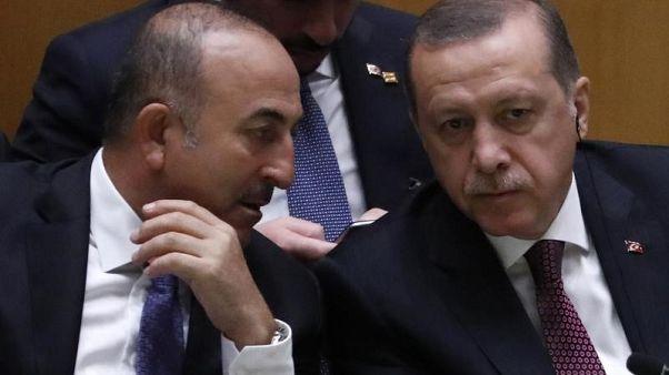حكومة اليونان تتقدم بطلب لإلغاء حق اللجوء لجندي تركي