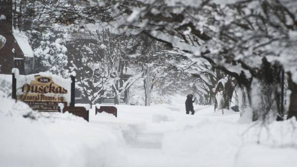 توقعات بطقس قارس البرودة في ولايات أمريكية مع بداية العام الجديد