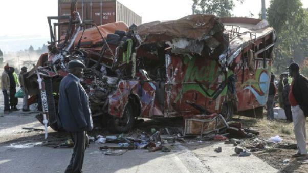 Kenya: 36 morts dans la collision d'un bus et d'un camion