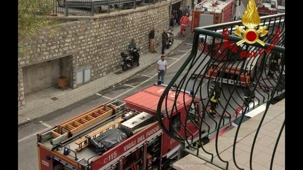 Esplosione gas sventra appartamento