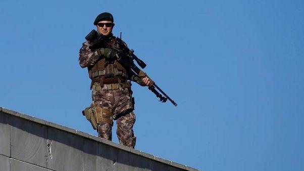 تركيا تعتقل 20 شخصا تشتبه أنهم أعضاء في الدولة الإسلامية