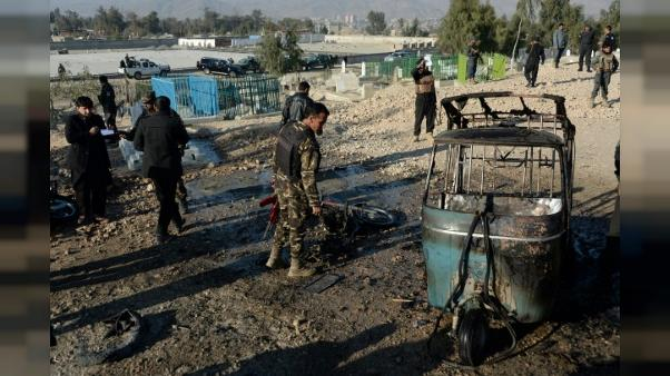 Afghanistan: au moins 15 morts dans une attaque suicide lors de funérailles