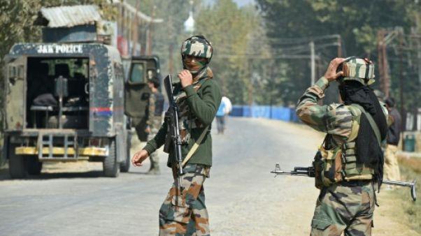 Huit morts dans une attaque de rebelles au Cachemire indien