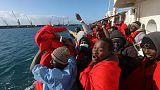 تراجع عدد المهاجرين الذين وصلوا إيطاليا بحرا بواقع الثلث خلال العام الحالي