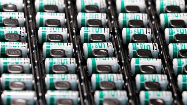 Be careful of lithium ion batteries, Europe warns Christmas air travellers