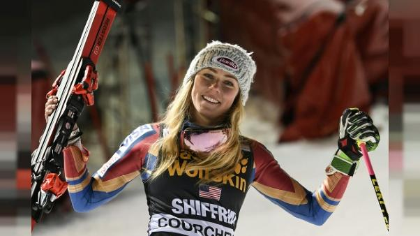 Ski alpin: Shiffrin invincible en slalom parallèle