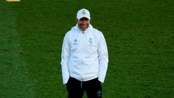"""Real Madrid: """"Tout peut se passer"""" au mercato, prévient Zidane"""