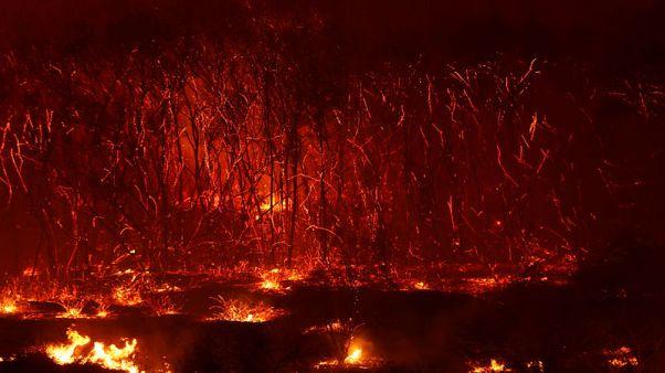 Winds strengthen as crews make progress on California wildfire