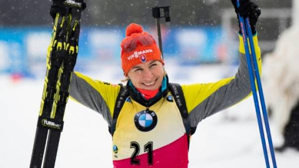 Biathlon: Kuzmina remporte le sprint 7,5 km d'Oberhof, Braisaz 5e