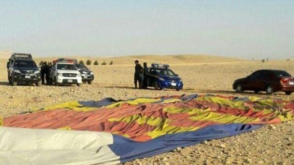 Une montgolfière s'écrase en Egypte, un touriste sud-africain tué