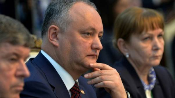Moldavie: la Cour constitutionnelle suspend une 2e fois les pouvoirs du président