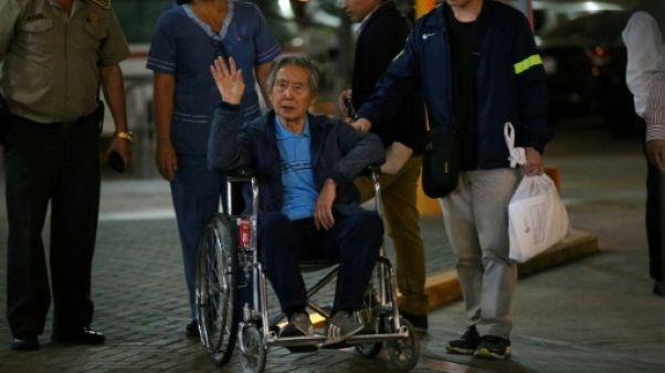 Pérou: les familles des victimes en colère après la grâce de Fujimori