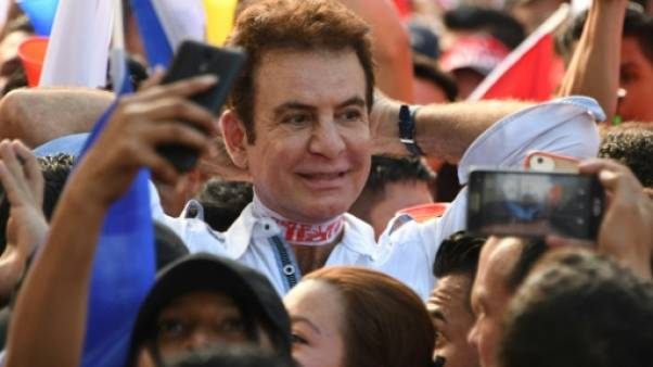 Honduras: manifestation massive contre la réélection du président