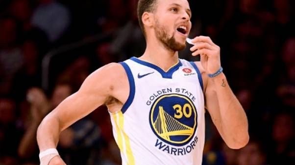 NBA: Curry fait son show, Houston accuse le coup