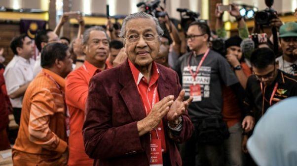 Malaisie: l'ex-Premier ministre candidat de l'opposition à 92 ans