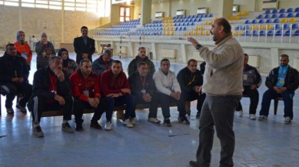 A Mossoul, des enseignants se forment pour aider leurs élèves à oublier l'EI