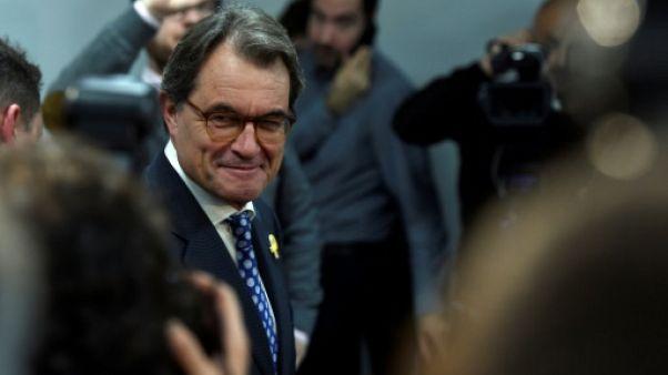 L'ex-président catalan Artur Mas quitte la présidence du parti de Puigdemont