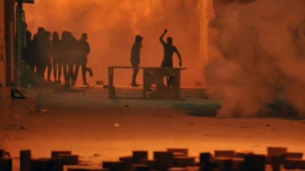 Nouveaux heurts dans plusieurs villes tunisiennes