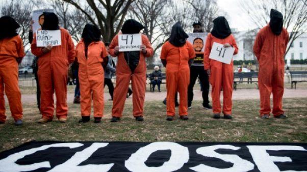 Onze détenus de Guantanamo poursuivent Trump, accusé d'être anti-musulman