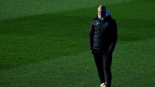 """Le Real Madrid """"est toujours vivant"""" dans toutes les compétitions, prévient Zidane"""