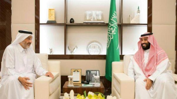 Un cheikh du Qatar affirme être retenu aux Emirats qui démentent