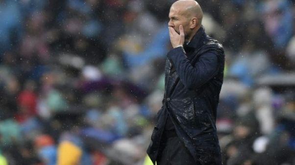 Real Madrid: le roi est nu, à un mois du choc contre le PSG