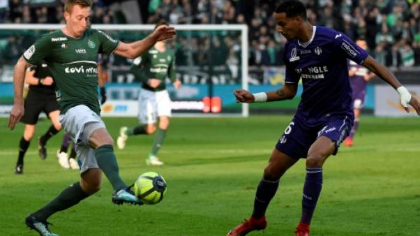 Ligue 1: Saint-Etienne se donne un peu d'air