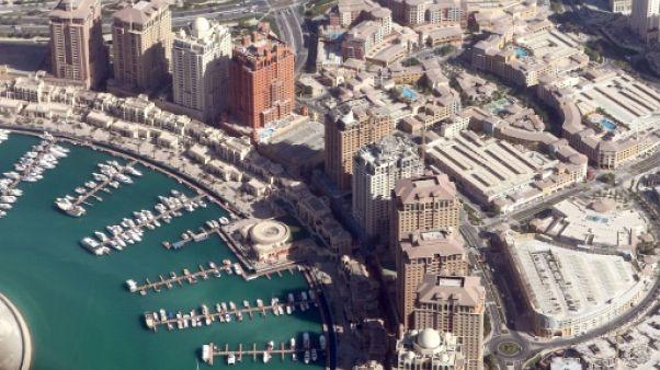 """Les Emirats accusent le Qatar d'avoir """"intercepté"""" deux de ses avions"""