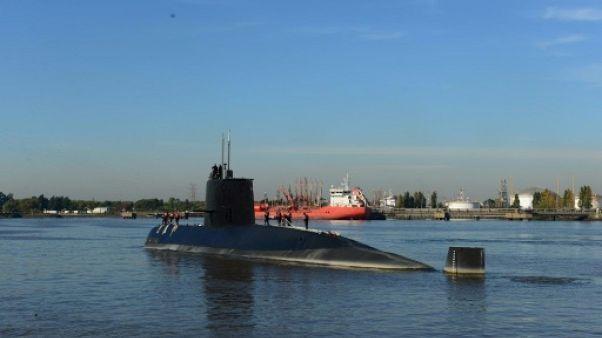 Sous-marin argentin: deux mois après sa disparition, les recherches continuent