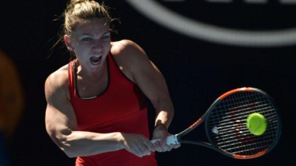 Open d'Australie: Halep gagne dans la douleur au premier tour