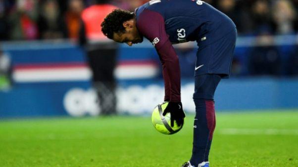 """Meunier: les sifflets contre Neymar, """"je trouve ça un peu ingrat de la part des supporters"""""""
