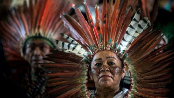 Des milliers d'indigènes d'Amazonie réunis au Pérou pour voir le pape