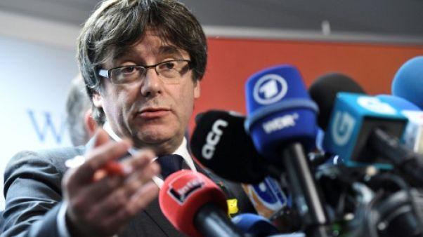 Espagne: Puigdemont serait arrêté malgré son immunité