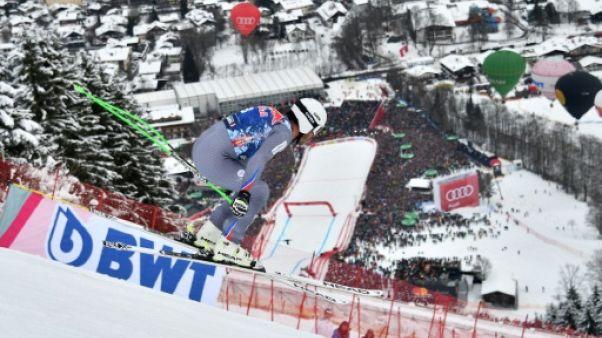 Ski: Clarey chute sans conséquence à Kitzbühel