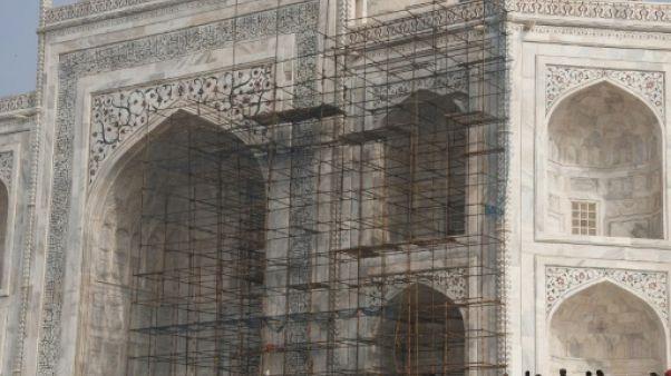 En Inde, la lente et pénible rénovation du Taj Mahal