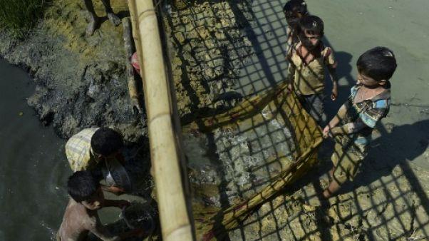 Les retours de Rohingyas ne débuteront pas dans les délais prévus