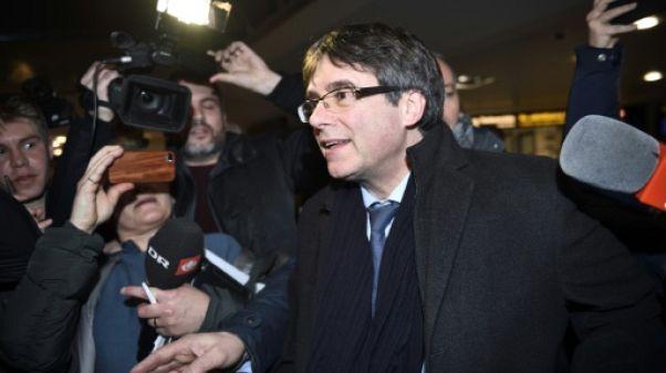 Le parlement catalan décide si Puigdemont peut briguer la présidence