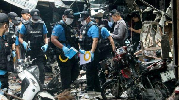 Thaïlande: trois morts dans l'explosion d'une bombe sur un marché dans le sud