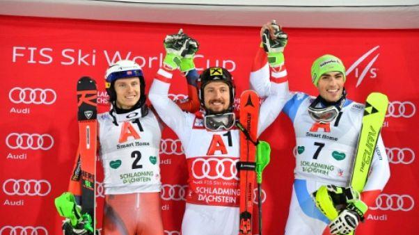 Ski: la victoire pour Hirscher, qui égale Maier au slalom de Schladming