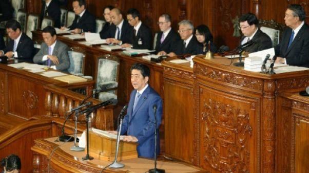 JO-2018: Abe veut être présent malgré une querelle historique
