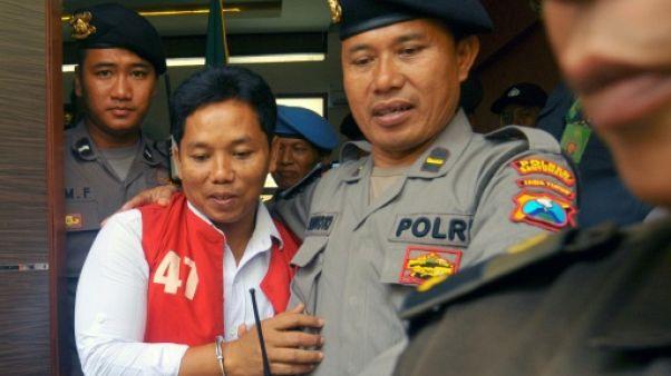 Indonésie: 10 mois de prison pour apologie du communisme