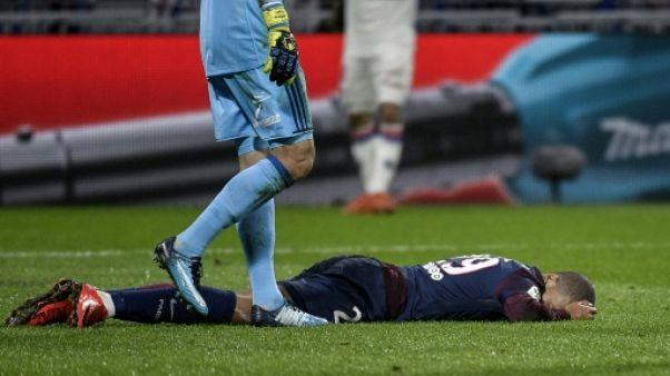 """PSG: Emery """"espère"""" que Mbappé sera disponible """"au plus tard"""" pour début février"""
