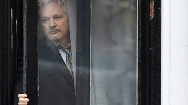 """Quito et Londres cherchent une solution qui """"protège la vie"""" d'Assange (Moreno)"""