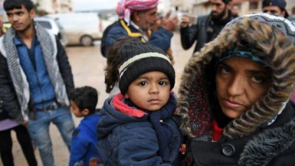 """""""Sauvez-nous"""", crient des Syriens fuyant les bombardements turcs"""
