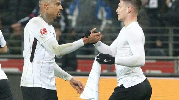 Allemagne: Francfort dauphin du Bayern après sa victoire 2-0 devant M'Gladbach