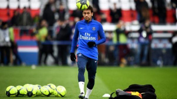 Paris SG: Neymar titularisé pour son retour
