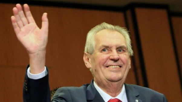 Milos Zeman réélu président tchèque, l'orientation du pays en question