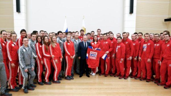 Dopage: Poutine s'excuse auprès des sportifs et promet des jeux de substitution