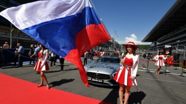 """F1: les """"grid girls"""" sur les grilles de départ, c'est fini"""