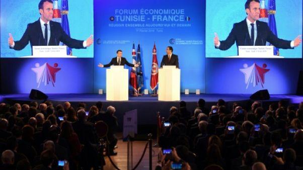 """Pour Macron, le """"modèle tunisien"""" ne doit pas """"échouer"""""""